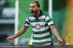 BAS DOST: Scored one of the goals against Moreirense, in a very oportunistic way. Well done! Bas Dost, Personal Qualities, Football, Scp, Sports, Youtube, Mens Tops, Goals, Album
