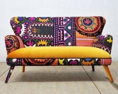 Articles similaires à RESERVED ITEM for KSENIA: Thai Hmong patchwork armchair sur Etsy