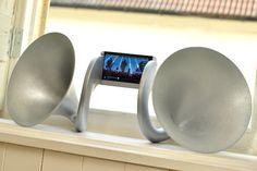 Gramohorn II: Een gigantische 3D-geprinte versterker voor de HTC One
