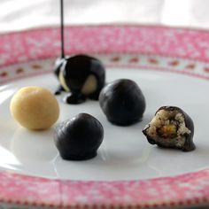 Sugar-Free Marzipan - Low-Carb, So Simple! -- Gluten-Free, Sugar-Free Recipes with 5 Ingredients or Less