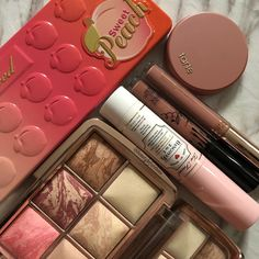 Makeup Must Haves, High End Makeup, Hair Makeup, Eyeshadow, Blush, Make Up, Pink, Beauty, Instagram