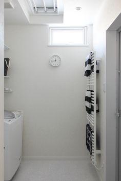 脱衣室/洗濯室/ランドリールーム/タオル掛け/タオルウォーマー/モノトーン