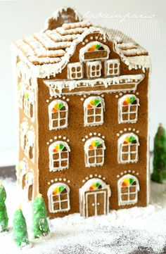 I so want a gingerbread house village this year. Better get started soon.