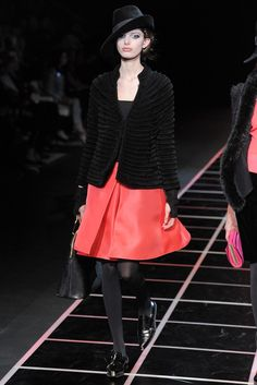 Giorgio Armani - Fall 2012 Ready-to-Wear