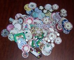 how to make miniature china plates from paper....gonna have to try this!!!!!