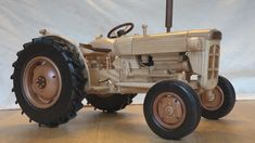 Fordson Super Dexta wooden model by Dutchy Woodworking Skills, Learn Woodworking, Woodworking Projects, Living Room Designs, Interior Design Living Room, Making Wooden Toys, Wood Toys Plans, Wood Projects That Sell, Wooden Truck