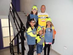 Halloween Minions... Halloween Minions, Holiday Costumes, Dress Up, Fashion, Moda, Costume, La Mode, Fasion, Fashion Models