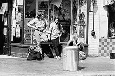 The Haight-Ashbury section of San Francisco, 1967. Students, hippies, musicians, and artists gravitated toward the community's inexpensive housing and festive atmosphere.
