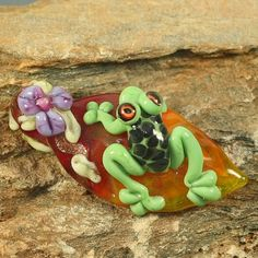 Lampwork Glass Tree Frog on Leaf Pendant Focal Bead by Glassroger, $25.00
