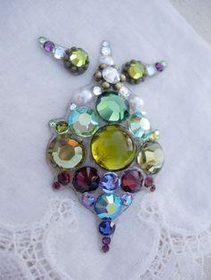 Olive Stagelights Bindi SET - swarovski belly dance tribal crystal bindi and eye accents