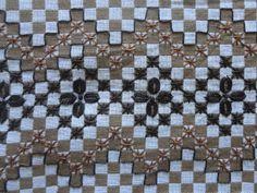 Para crochetar, tricotar e cozinhar é só começar: Meus bordados em xadrez espanhol. Fiz agora nas fé...