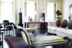 Classic and Collected: The Sutton Place residence of the late Bill Blass designed by Mica Ertegun of MACII. Home Living Room, Living Room Designs, Living Room Decor, Living Spaces, Furniture Arrangement, Elegant Homes, Dream Decor, Living Room Inspiration, Interior Design