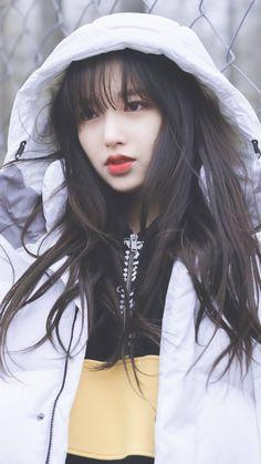| Save = Follow Me | #Princess #NOT_SAVE_FREE Pretty Asian Girl, Beautiful Asian Girls, Kpop Girl Groups, Kpop Girls, Zhao Li Ying, Cheng Xiao, Stunning Girls, Cute Charms, Asian Celebrities