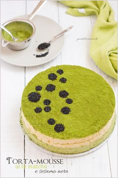 Matcha sesame mousse cake