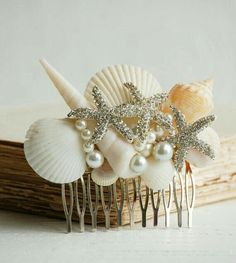 Bridal Hair Comb Sea Shell Hair Comb Shell Pearl Headpiece Summer Beach Wedding Mermaid Ocean Gift for Her Shell Jewelry Resort Vacation Mermaid Crown, Mermaid Hair, Vestidos Luau, Hair Jewelry, Bridal Jewelry, Jewellery, Seashell Crafts, Seashell Jewelry, Mermaid Jewelry