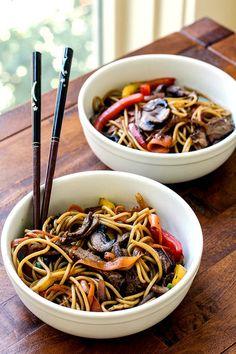 Beef & Veggie Noodle Bowls | girlgonegourmet.com