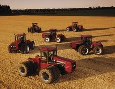 Case Ih Tractors Wallpaper Images from big tractor Case Ih Tractors, Big Tractors, International Tractors, International Harvester, John Deere Combine, Down On The Farm, Four Wheel Drive, Heavy Equipment, Big Trucks