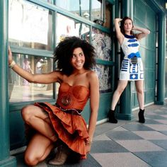 all i want out of life is a star wars themed wedding with the bridesmaids wearing these C3PO dresses.