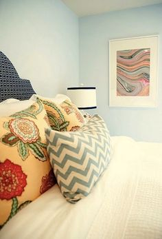 http://www.apartmenttherapy.com/fun-fabulous-and-virtually-fre-160323