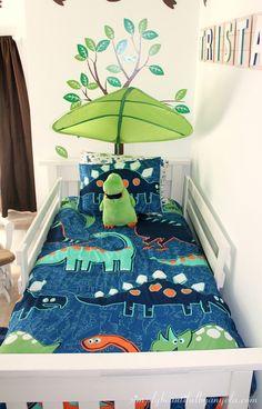 Tristan S Big Boy Dinosaur Room Reveal - Schlafzimmer Boys Dinosaur Bedroom, Dinosaur Kids Room, Dinosaur Room Decor, Kids Bedroom Boys, Boy Toddler Bedroom, Big Boy Bedrooms, Toddler Rooms, Boys Bedroom Decor, Baby Boy Rooms