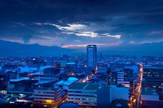 san jose costa rica night www.costaricaguesthouse.com