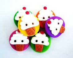 colored cupcake buttons handmade with polymer by JustFingerPrint