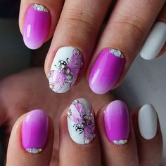 Pink summer nails designs idea of hot and light colors for cute simple time Pink Summer Nails, Nails Yellow, Purple Nails, Gradient Nails, Bright Nail Art, Pink Nail Art, Nail Design Spring, Sunflower Nails, Nails Polish