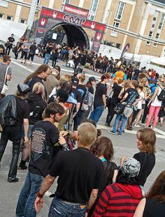 Nightwish-nimmaroi EMP-ständillä Tuskassa 2013.