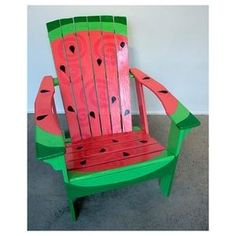 Side view of watermelon picnic table