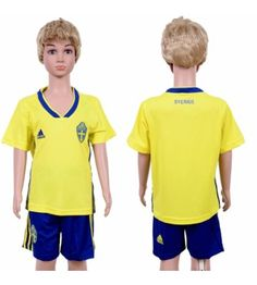 Youth Sweden Blank Home Yellow Short Sleeves 2018 World Cup Soccer Jerseys Uniform Soccer Online, Jersey Uniform, Soccer Cleats, Soccer Jerseys, All Team, Kids Soccer, Amazing Shopping, Yellow Shorts, Sweden