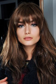 Hello new look, let's make this happen... Love I have the thick hair for it! Maybe ill do bangs again not sure.