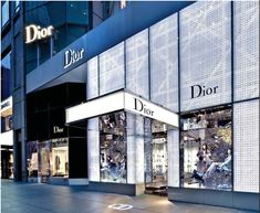 Dior Store Front  New York  12.000 Watts of LED light!