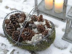cheap and easy decoration...   with Pin-It-Button on http://www.clausdalby.dk/2013/02/maske-bliver-jeg-upopulr.html