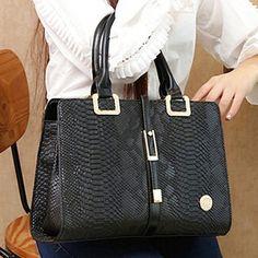 Elegant Metallic and Snake Print Design Tote Bag For Women Cheap Tote Bags, Womens Tote Bags, Best Bags, Black Tote Bag, Snake Print, Me Too Shoes, Purses And Bags, Print Design, Shoulder Bag