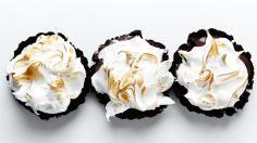 Mini Chocolate Pudding Pie Recipe | Bite Me More
