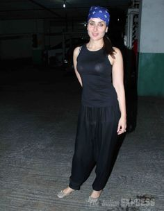 Kareena Kapoor was casual and relaxed in a black tank top paired with comfortable pants and mojris at the special screening of 'Gori Tere Pyaar Mein' #Bollywood #Fashion #Style #Beauty
