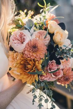 dusty pink roses dahlias wedding bouquet / http://www.deerpearlflowers.com/40-dahlias-wedding-bouquets-and-cakes/