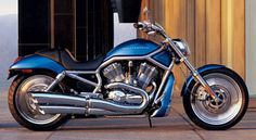 There will come a time when I'll have a V-Rod. I've loved these since the first moment they were released.
