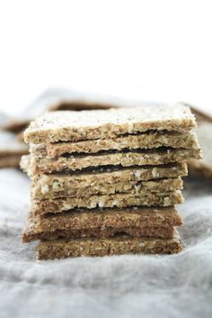Low-Carb Crackers | Real Balanced