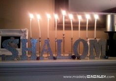 We love this DIY Shalom Hanukkah Decoration! #Hannukah #Channukah #Hanukkah