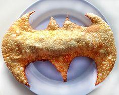 O super batpastel com 100 gramas de recheio - Helena Galante e Sophia Braun – Delícia de Conta
