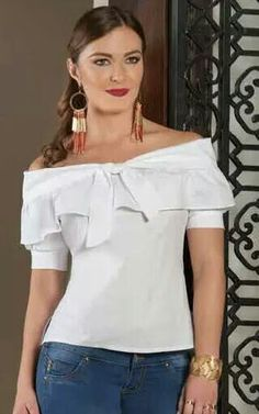 Night Outfits, Fashion Outfits, Womens Fashion, Fashion Tips, Casual Frocks, Couture Tops, Diy Dress, Feminine Style, Nice Tops