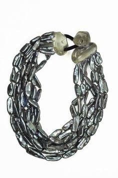 Monies pearl, crystal necklace - grey