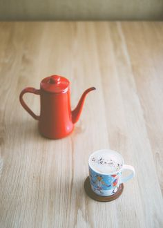 Noda Horo Enamel Coffee Pot