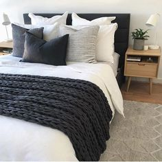 Bedroom ideas Simple clean bedroom decor, white comforter, black and charcoal gray pillows and blank Monochrome Bedroom, Bedroom Black, White Comforter Bedroom, Bedroom Bed, Black Comforter, Black White And Grey Bedroom, Charcoal Bedroom, Grey And White Bedding, Bedroom With Gray Walls