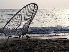 #TeMeAntojasPara perdernos en la inmensidad.   #SillaAcapulco #DiseñadorAnónimo   #NativaInteriorismo #MueblesDeDiseño   www.nativainteriorismo.com.mx