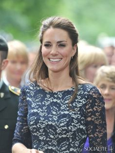 Catherine Duchess Cambridge Lace Erdem Dress Canadian Tour 2011