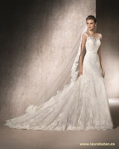 San Patrick wedding dresses are designed with one thing in mind – to make the bride feel like a queen on her wedding day. Fantasy Wedding Dresses, White Wedding Gowns, Gorgeous Wedding Dress, Wedding Bridesmaid Dresses, Bridal Dresses, Lace Wedding, Bella Bridal, Applique Wedding Dress, Bridal Style