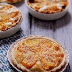 Tartelettes mangue à la mousse coco - http://www.cuisineetvinsdefrance.com/,tartelettes-mangue-a-la-mousse-coco,36279.asp