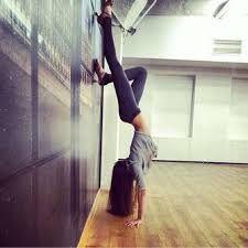 handstand))